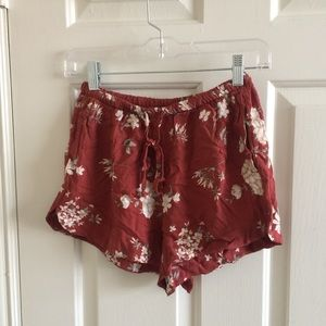 Red floral eve shorts